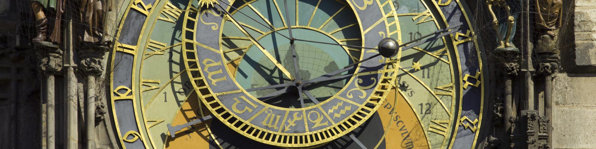https://commons.wikimedia.org/wiki/File:Czech-2013-Prague-Astronomical_clock_face.jpg